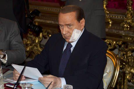 Berlusconi, prima uscita dopo l'operazione
