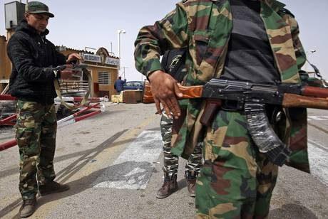 Lega araba chiede a Onu di imporre No fly zone