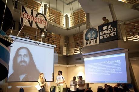 Internet: la protesta della rete, parola ad Agcom