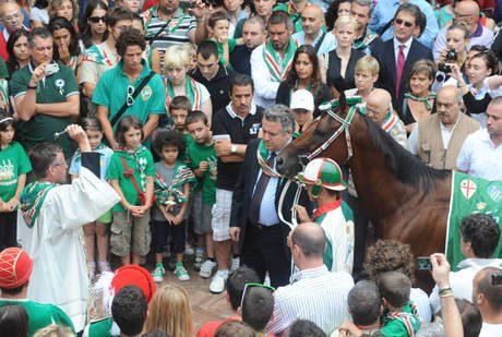 L'Oca vince il palio di Siena