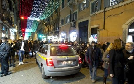Roma come Cortina, gdf in vie dello shopping