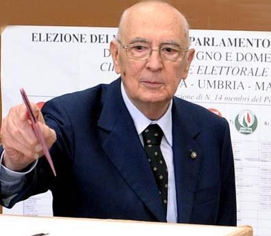 Napolitano, si voti il 24 febbraio. Via libera Camere a decreto liste pulite