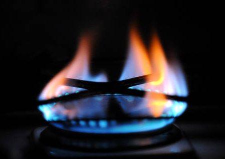 Bollette gas giù da aprile: risparmio di 90 euro l'anno