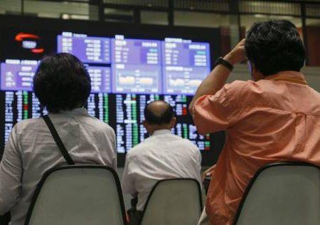 Borsa di Tokyo in caduta, chiude a -5,15%. Piazze europee ondeggiano