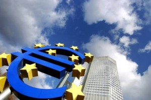 BCE: TRICHET, RIPRESA ECONOMICA MODERATA IN EUROZONA