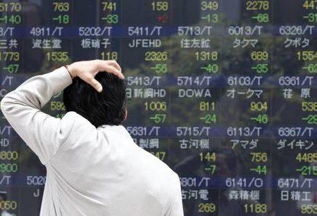 Borsa di Tokyo ancora giù: -3,7%. In ribasso le europee