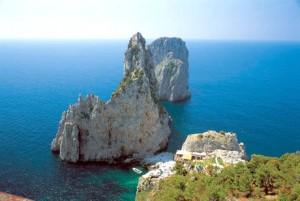 Farglioni di Capri Foto assessorato al Turismo regione Campania
