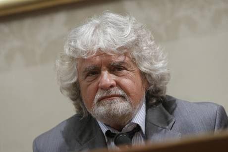 Grillo, al voto subito e Napolitano si dimetta presto