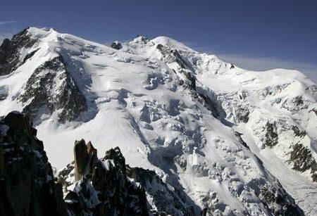Valanga sul Monte Bianco, morte due alpiniste italiane