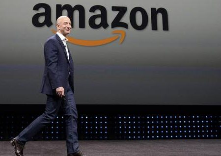 Boss di Amazon compra Washington Post