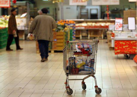 Inflazione: carrello spesa +2% a luglio
