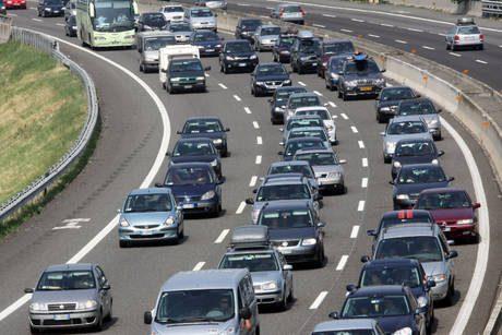 Domenica di Ferragosto, traffico intenso