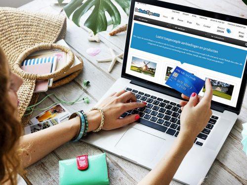 Il 70% degli italiani acquista i regali online: i risultati della ricerca Netcomm